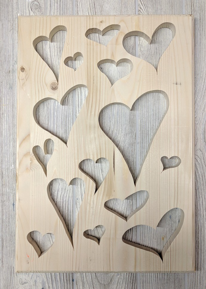 Heart-Shaped Valentine's plaque made using a scroll saw {Reality Daydream}