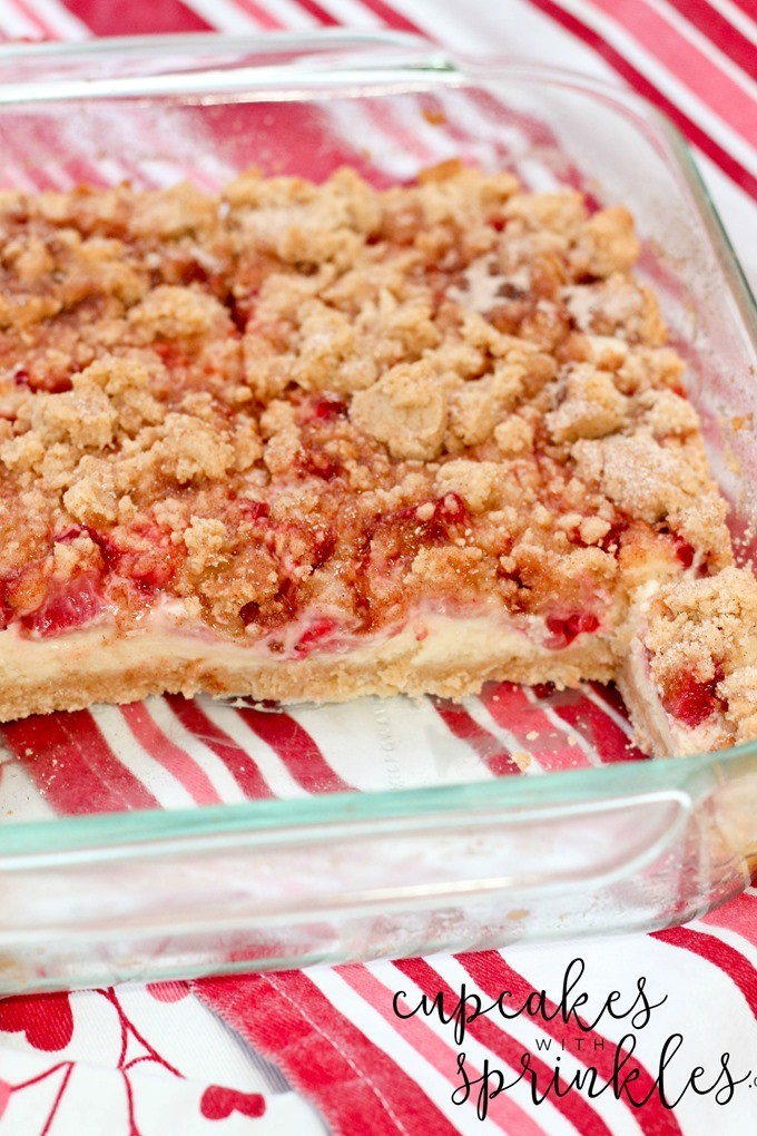Strawberry Snickerdoodle Cheesecake Bars