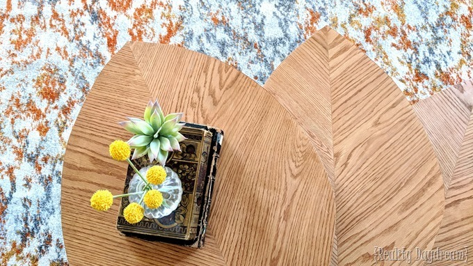 How to make these leaf-shaped mid century nesting tables to use as a coffee table! {Reality Daydream}