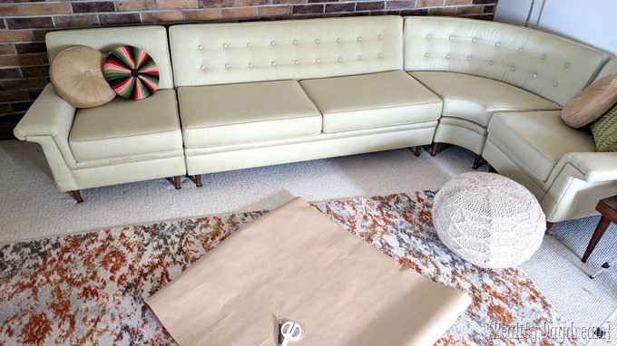 Make a template for leaf-shaped nesting tables to serve as a coffee table [Reality Daydream}