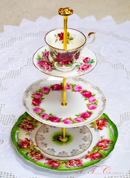 Beautiful DIY Cake Stands and Cupcake Stands
