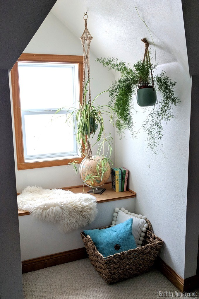 Decorate a dormer reading nook {Reality Daydream}