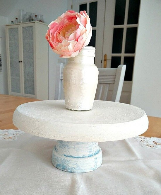 Easy and creative DIY Cake Stands and Cupcake Stands