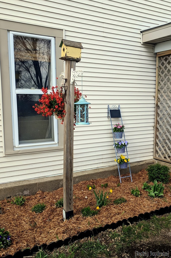 Spring landscaping and mulching {Reality Daydream}