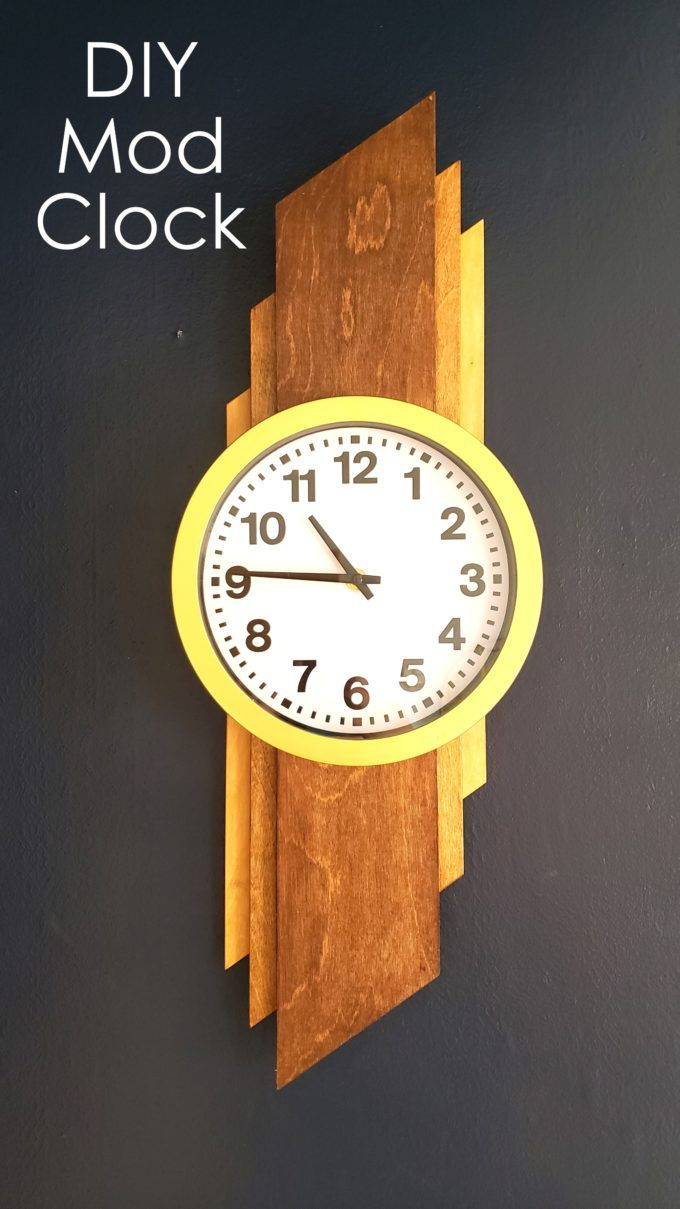 Make this Mid-Century Modern Inspired DIY Clock using our tutorial! {Reality Daydream}