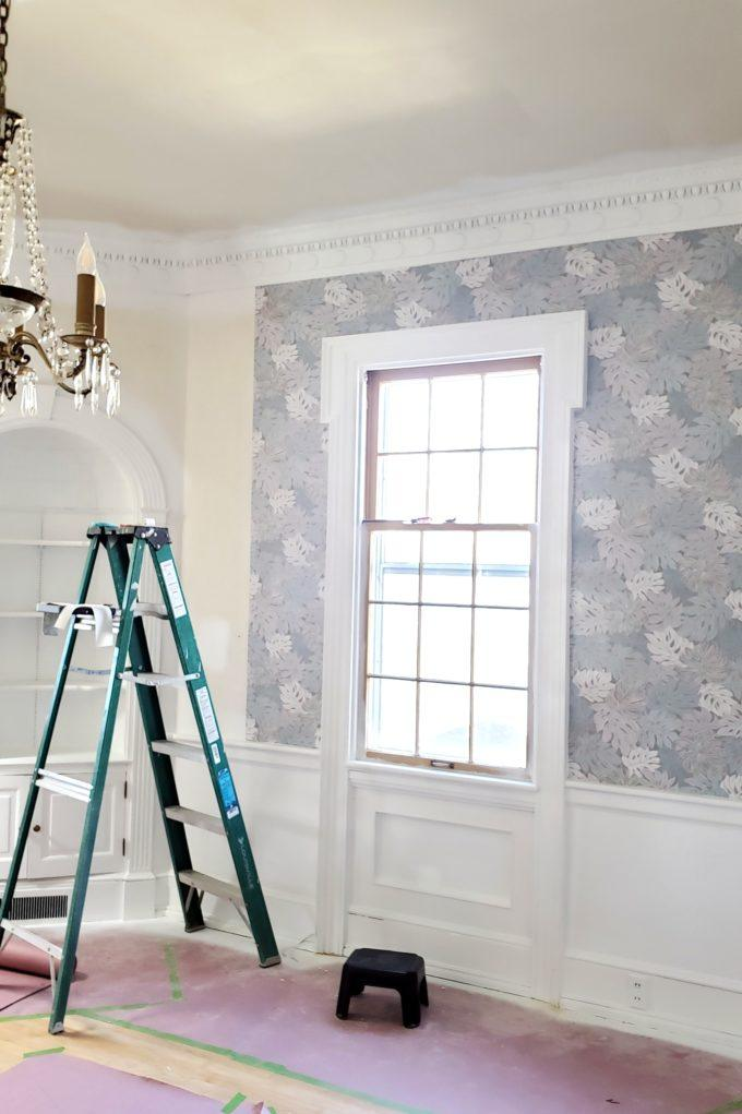 Wallpaper makes such a huge difference in a room! {Reality Daydream}