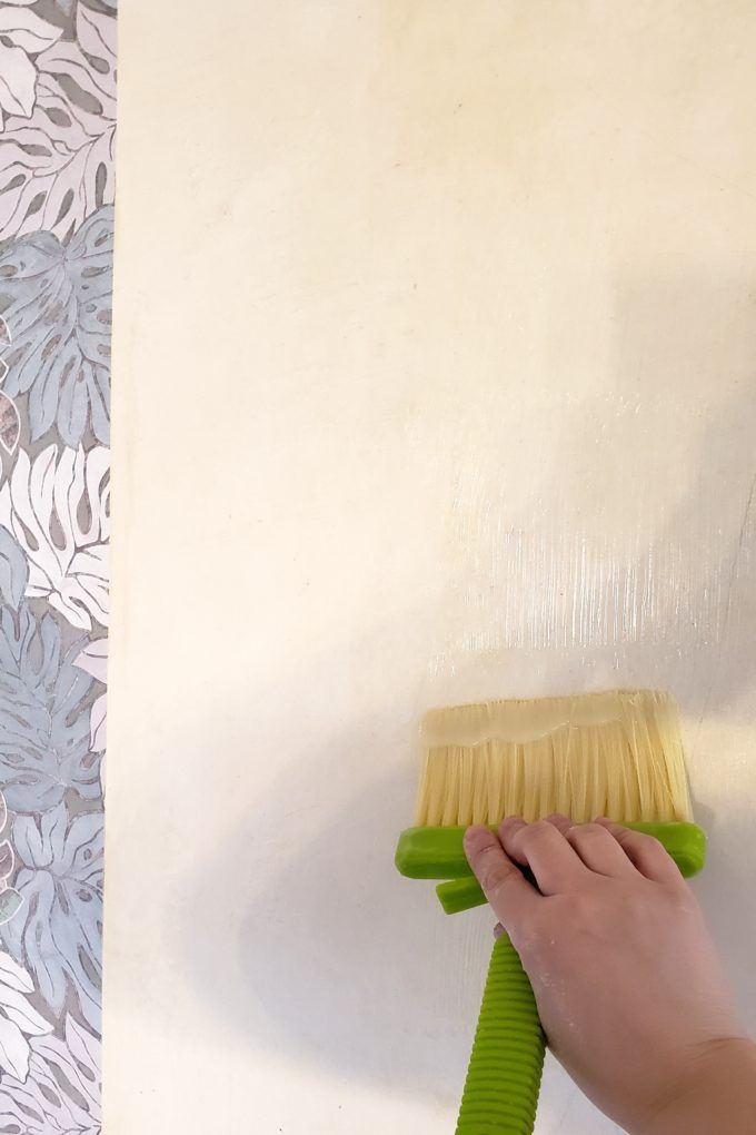 Apply wallpaper paste to the wall too! {Reality Daydream}