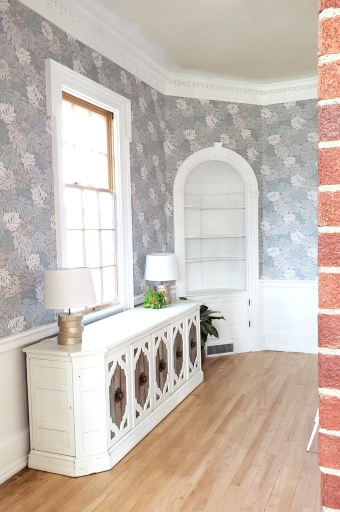 Wallpaper makes such a huge difference in a room, and it looks so custom! {Reality Daydream}